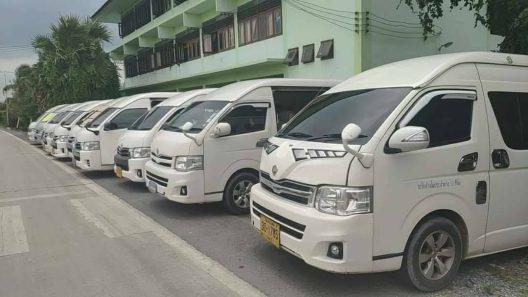easytravel-van.com บริการ เช่า-เหมา รถตู้ Vip 10 ที่นั่ง และ 13 ที่นั่ง ด้วยรถคุณภาพ การทำความสะอาด (38)